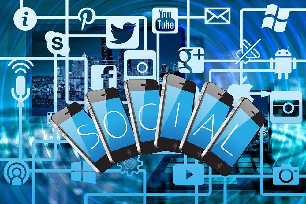 Как соцсети влияют на выбор абитуриентами учебного заведения